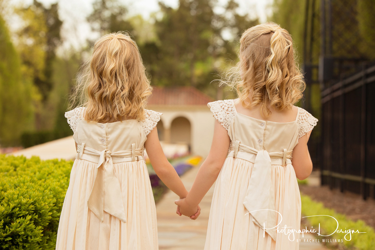 audrie_markie_twins_natural_light_portraits_7