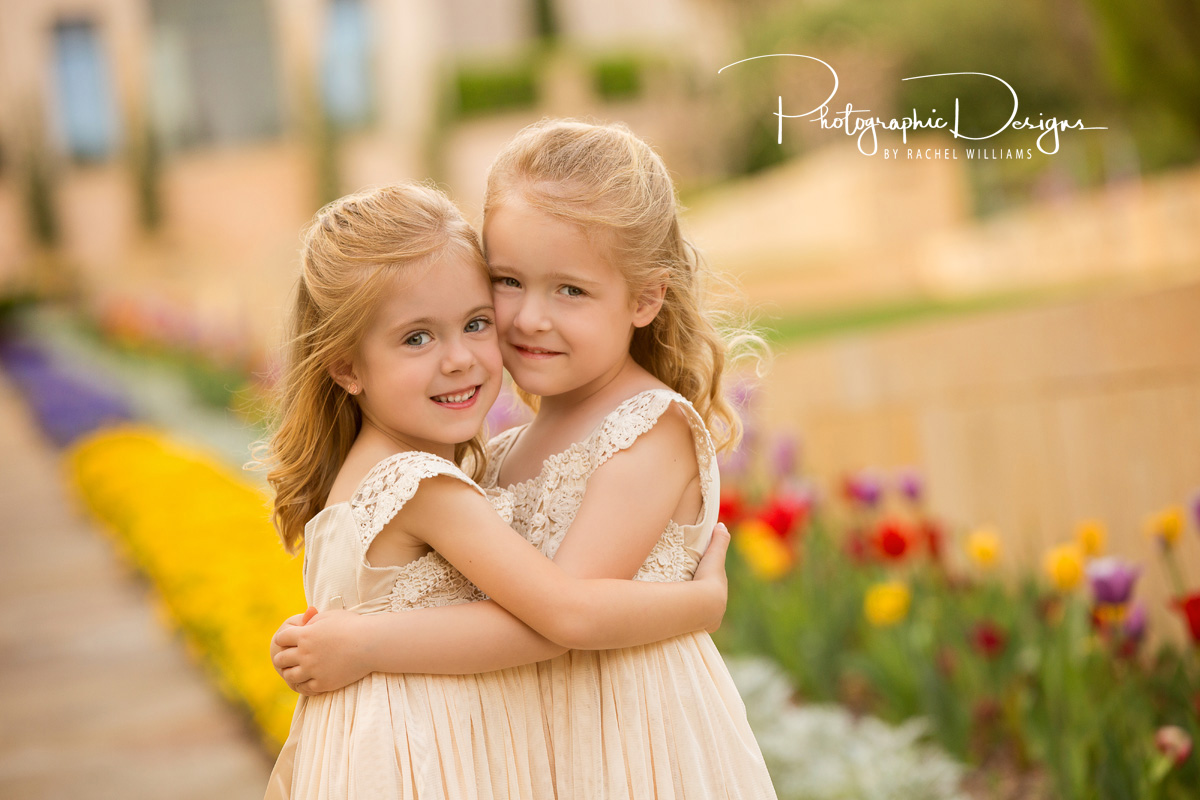 audrie_markie_twins_natural_light_portraits_1