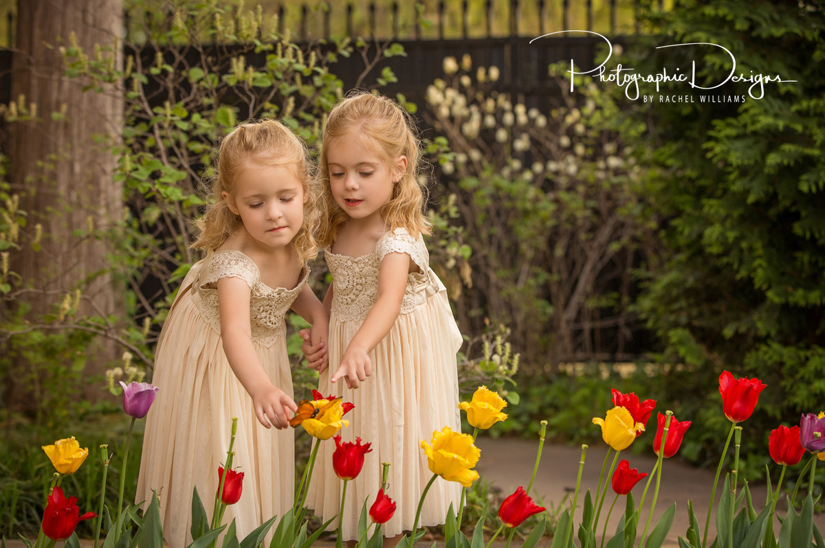 audrie_markie_twins_natural_light_portraits_6