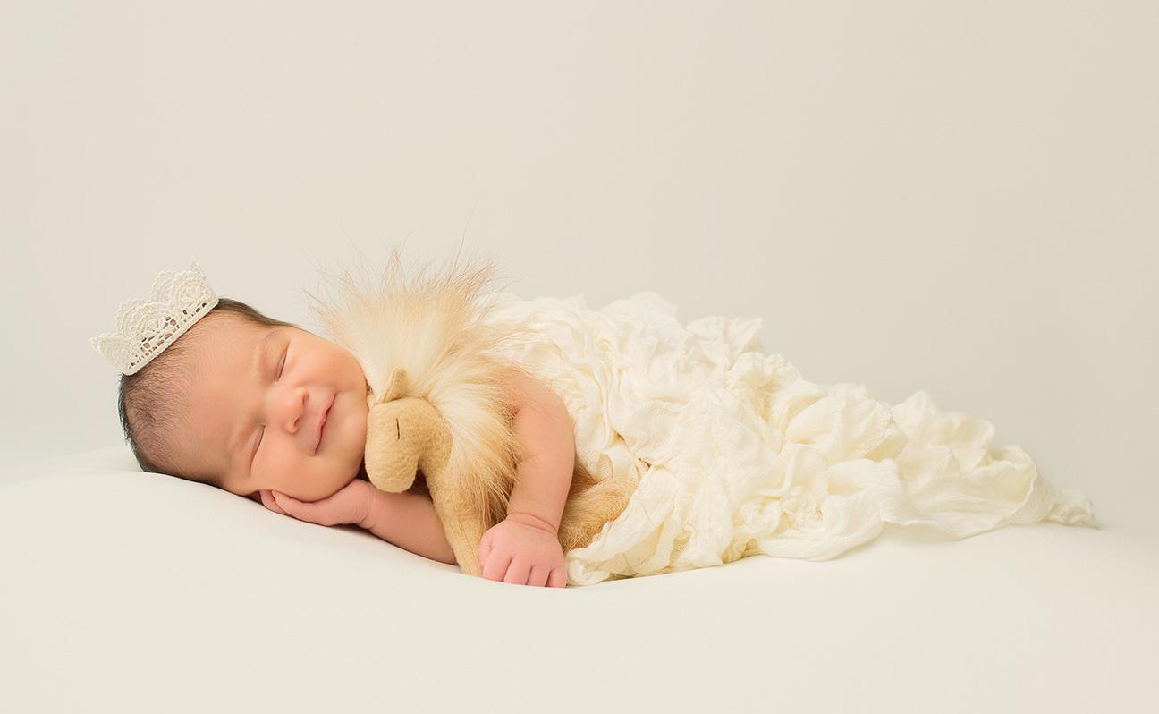 Tulsa Newborn Photographer Baby Horse