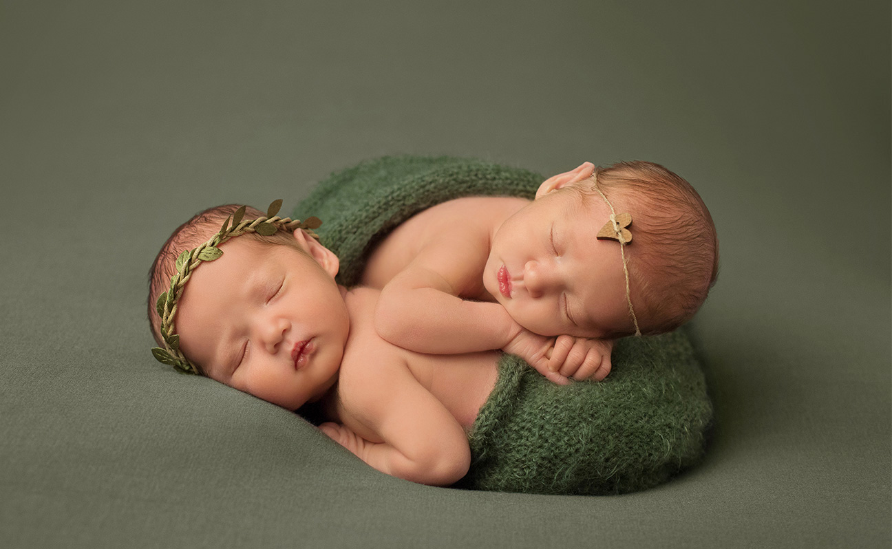 Tulsa Newborn Photographer Twins