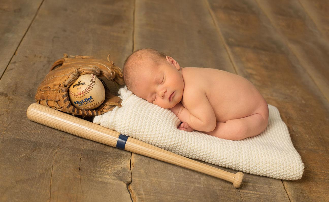 Newborn-Baseball-Photography-Tulsa