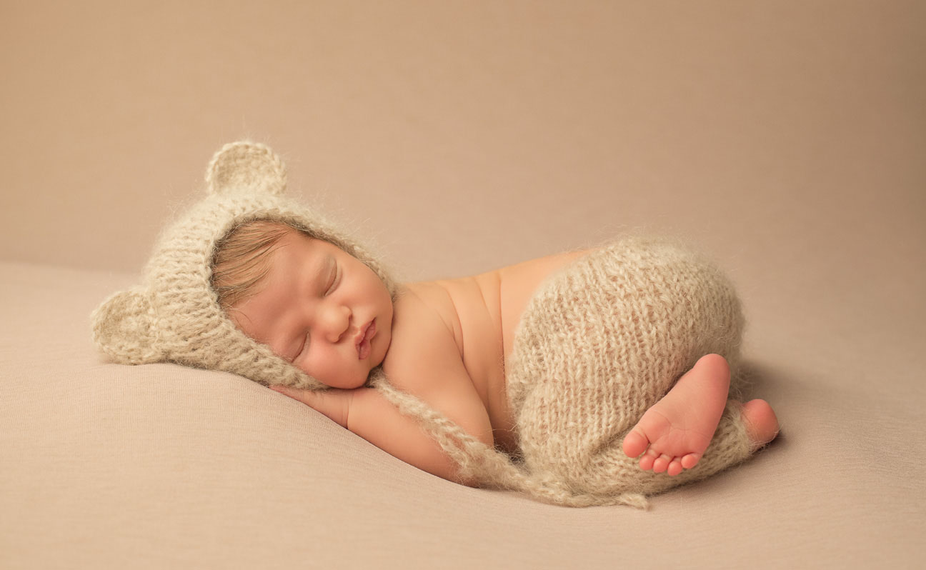Newborn Photography Tulsa Knit Hat 8