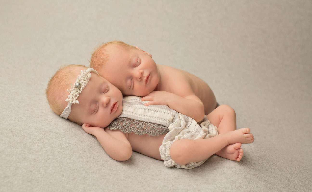 Tulsa Newborn Photographer Twin Babies