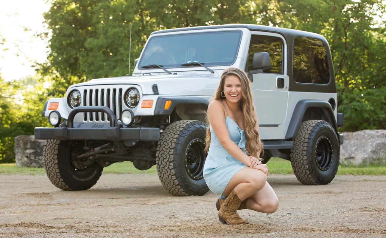 Tulsa Senior Portrait Photographer Girl Silver Jeep